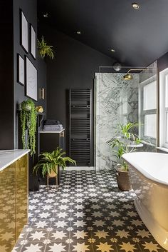 Bathroom design black brass 46 ideas for 2019 Loft Bathroom, Art Deco Bathroom, Bathroom Plants, Neutral Bathroom, Bathroom Marble, Bathroom Cabinets, Bathroom Rugs, Master Bathroom, Jungle Bathroom