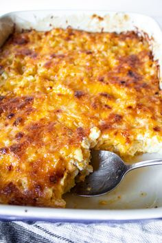 Southern custard-style baked macaroni and cheese with eggs, evaporated milk and three kinds of cheese. Bakes up creamy, browned on top and delicious. Southern Macaroni And Cheese, Best Macaroni And Cheese, Macaroni Cheese Recipes, Mac And Cheese Homemade, Baked Macaroni, Southern Baked Mac And Cheese Recipe, Slow Cooker Casserole, Easy Casserole Recipes, Mac And Cheese Recipe Soul Food
