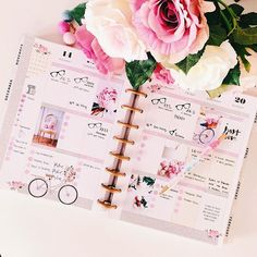 This week in my happy Planner  I haven't been decorating it for the past two weeks because of my limited time- therefore I'm extra happy to use it again