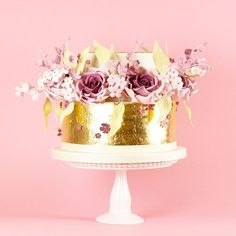Gold leaf and roses cake (at London, United Kingdom)