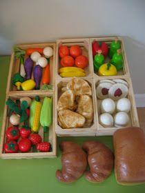 My Mommy Makes It: Salt Dough Play Food with Farmer's Market/Bazaar Salt Dough Projects, Salt Dough Crafts, Pretend Food, Play Food, Pretend Play, Diy For Kids, Crafts For Kids, Diy Crafts, Miniture Food