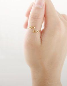 7,50€ - GOLDEN INFINITE RING   SRTALAURIS, jewelry&design Infinity Rings, Infinite, Gold Rings, Jewelry Design, Stud Earrings, Mini, Shop, Infinity Symbol, Stud Earring