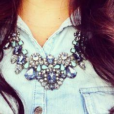 Gorgeous bib necklace http://rstyle.me/~1Kj1p