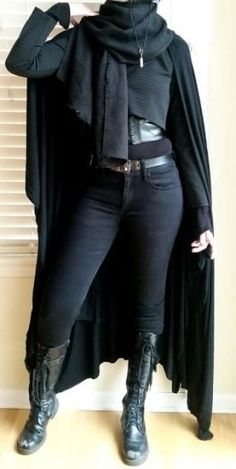 black undershirt character outfit Put The Egg Back I want it so bad! This outfit is amazing! Dark Fashion, Gothic Fashion, Vampire Fashion, Fashion 2020, Mode Outfits, Fashion Outfits, Womens Fashion, Boating Outfit, Character Outfits