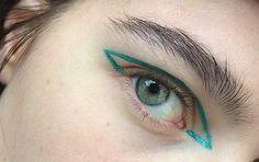 green liner #makeup #graphic