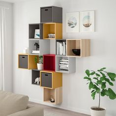 EKET Wall-mounted cabinet combination, multicolor Dress your wall with cubes! Create a classic storage solution with just a few EKET cabinets or combine as many as you like in a fun and unexpected way to fit your needs and make your space more personal. Small Space Living Room, Ikea Living Room, Small Spaces, Inexpensive Furniture, Cheap Furniture, Ikea Eket, Ikea Hack, Traditional Living Room Furniture, Flexible Furniture