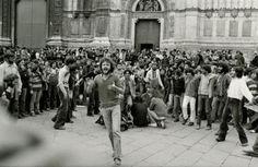 Bologna's main Piazza Maggiore in 1977. Tano D'Amico