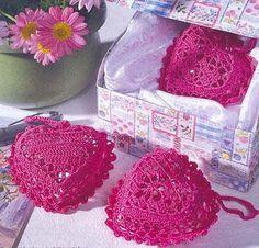 Crochet - Etoles au crochet - Coeurs au crochet - Le blog de monde-creatif