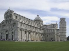 Pisa Romanesque Architecture, Living In Italy, Tuscany, My Dream, Places Ive Been, Pisa Italy, To Go, Louvre, Cant Wait