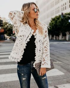 Now it may seem the most current pattern to actually be revitalized happens to be the layered camis gown look. Couture Fashion, Boho Fashion, Fashion Looks, Fashion Outfits, Womens Fashion, Fashion Trends, Fashion 2018, Casual Skirt Outfits, Fall Outfits