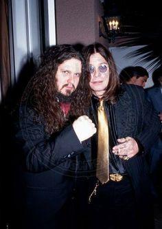 Ozzy Osbourne and Dimebag Darrell. Heavy Metal Art, Nu Metal, Heavy Metal Bands, Metal Horns, Vinnie Paul, Kerry King, Danger Girl, Pantera Band, Zakk Wylde