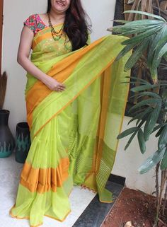 Fresh combination of green with orange silk cotton saree Simple Sarees, Trendy Sarees, Stylish Sarees, Fancy Sarees, Phulkari Saree, Lehenga Saree, Anarkali, Hijab Outfit, Bandhini Saree