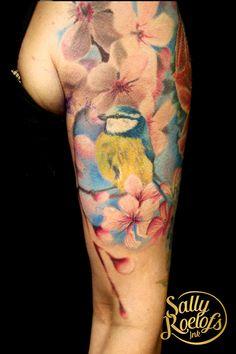 very realistic bird tattoo done by tattoo artist Sally Roelofs Realistic Bird Tattoo, Sally, I Tattoo, Tattoo Artists, Watercolor Tattoo, Ink, India Ink, Temp Tattoo