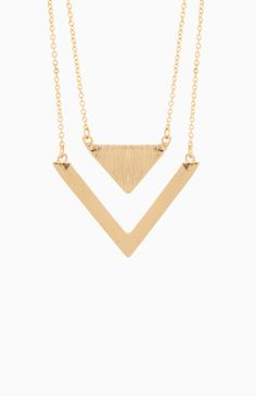 DAILYLOOK Love Triangles Necklace in Gold | DAILYLOOK
