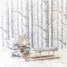 Este trineo es ideal para hacer sesiones de fotos de invierno o para hacer fotos navideñas con bebés y niños. Es de madera y mide 70x26x18cm. 75 €