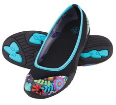 We, at Muck Boots Outlet, offer a great range of women's muck ...