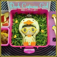 レシピとお料理がひらめくSnapDish - 31件のもぐもぐ - Duck Costume Girl  #duckcostume #girl #obento #bento #kidsbento #kwbentodiary #lunch #box lunch #kawaii #duck by Karenwee's Bento Diary