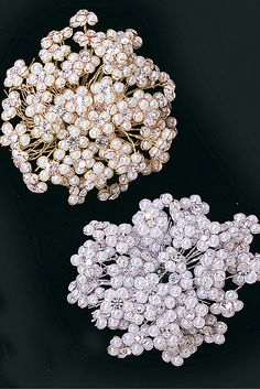 Bouquet picks and jewels featuring rhinestone, crystal and pearl. Bridal bouquet jewels and floral rhinestone picks for corsages and centerpieces.