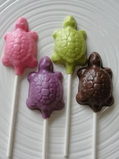 12 Chocolate Turtle Lollipops Birthday Party by TheSugarBarn