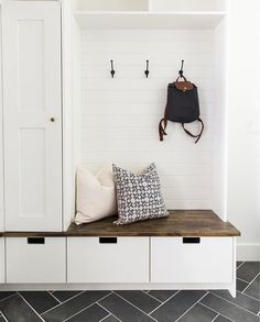 Mudroom Entryway - 15 Incredible Mudroom Organization Ideas For Simple Storage Mudroom Laundry Room, Mud Room Garage, Closet To Mudroom, Garage Closet, Mudroom Cabinets, Room Closet, Closet Doors, Living Room Designs, Small Spaces