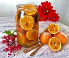 Świąteczny likier mandarynkowy - Blog z apetytem Best Food Ever, Beverages, Drinks, Grapefruit, Lunch Box, Food And Drink, Blog, Candles, Orange