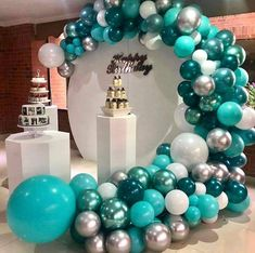 Balloon Gift, Balloon Arch, Halloween Witch Decorations, Christmas Decorations, Black And White Balloons, Secret Starbucks Drinks, Splash Party, Birthday Balloon Decorations, Turquoise
