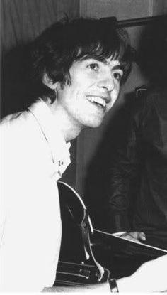 Beatles One, Beatles Photos, John Lennon Beatles, Hello Beatles, George Harrison, Liverpool, Paul Mccartney, Great Bands, Cool Bands