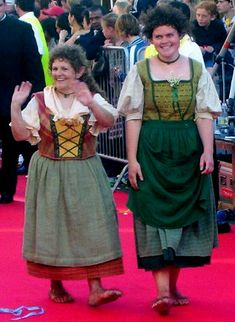 The peasant-style skirt should be a simple design, gathered at the waist. The skirts normally come midway between the feet and the knees, shorter for younger hobbits, usually longer for older hobbits. The underskirt is a few inches longer than the overskirt, and the apron is shorter again.