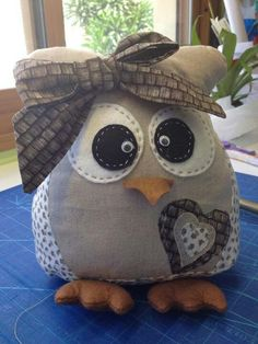 Que chulo Owl Sewing, Felt Owls, Owl Crafts, Big Shot, Creative Crafts, Fabric Crafts, Crafty, Quilts, Decoration
