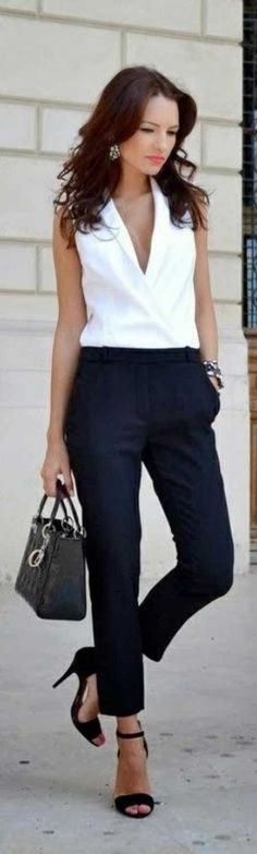 Cigarette pantolonlar, her zaman klasik ve düzgün bir görünüm için ideal olmuştur...