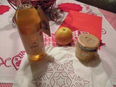 Geschenk - 1. Advent * Nathalie von kitchencloud an Kornelia von Küchentheater * Allerlei vom Apfel mit Apfelkonfitüre und einen Apfellikör. Und nicht zu vergessen, das hübsche Stoffsäckchen.