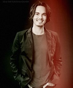 Kalab. Love PLL. (tyler blackburn)