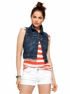 8f9da993c8285b 10 Best How to wear a cropped denim vest images