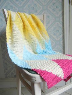 Tapestry Crochet Diamond - Harlequin Lap/Baby blanket in Modern Bright Colours Manta Crochet, Tunisian Crochet, Knit Or Crochet, Crochet Afghans, Crochet Blanket Patterns, Baby Blanket Crochet, Crochet Baby, Modern Crochet Blanket, Diy Bebe