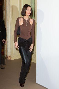 Bella Hadid at the French Vogue Fashion Festival in Paris Vogue Fashion, Fashion Pants, Daily Fashion, Fashion Models, Chloe Sevigny Style, Bella Hadid Style, Evolution Of Fashion, My Life Style, Models Off Duty