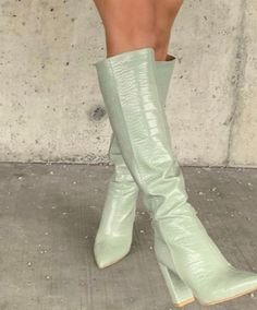 Chunky Heel Pumps, Low Heel Sandals, Shoes Heels, Fancy Shoes, Fancy Pants, Aesthetic Shoes, Mint Aesthetic, Classy Aesthetic, Cute Boots