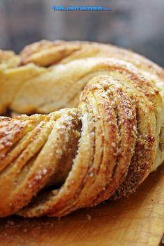 Csak, mert szeretem... kreatív gasztroblog: DIÓS CSAVART KOSZORÚ Apple Pie, Pancakes, Breakfast, Merry, Dios, Morning Coffee, Pancake, Apple Pie Cake, Crepes