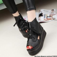 2014 spring and summer muffin thick crust fish head high-heeled shoes Roman sandals hollow rivet belt buckle $27.00