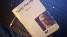 #VendrediLecture Ancienne biographie complète (homme, musique) (1954) #Mozart #AlfredEinstein  #Tel @Gallimard