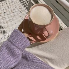 Café du lait☕🌱 discovered by skyowski on We Heart It Lavender Aesthetic, Aesthetic Colors, Aesthetic Food, Aesthetic Photo, Aesthetic Pictures, White Aesthetic, Pastel Purple, Shades Of Purple, Purple Colors