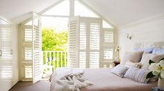Lovely sun filled room - this would feel like a vacation everyday! Louise Owens via Inside Out