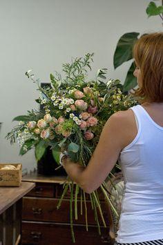 Naučíte se vázat krásné velké kytice v boho stylu, technicky správně a přitom svobodně, dle svého vkusu. Boho, Plants, Bohemian, Plant, Planets