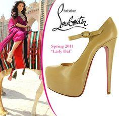 Kim-Kardashian-Christian-Louboutin-Lady Daf platform pumps atop
