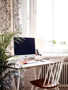 Relaxed home office space   #office #ironageoffice  http://www.ironageoffice.com/