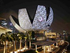 Sustainable Light Art Installations, Marina Bay