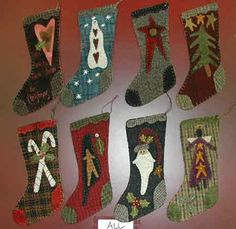 Quilted Christmas Stockings, Christmas Stocking Pattern, Xmas Stockings, Christmas Sewing, Diy Christmas Ornaments, Felt Christmas, Felt Ornaments, Primitive Ornaments, Homemade Christmas