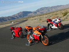 The 2013 Honda CBR600RR is available in a tri-color, Repsol Edition, and solid Red..
