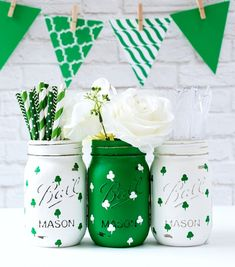 St Patrick's Day Decor – St Patrick's Day Party – St. Patrick's Day Mason Jars – Painted Mason Jars Set of three pint-sized St. Patricks Day mason jars painted and distressed Kelly green and white with hand-painted shamrocks (green on white, St Patrick's Day Crafts, Holiday Crafts, Diy Crafts, Tree Crafts, Decor Crafts, Sewing Crafts, Home Decor, Mason Jar Projects, Mason Jar Crafts