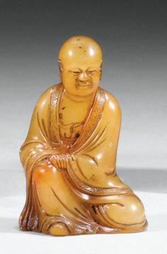 Petite statuette de Lohan en stéatite signée Shangjun Chine, dynastie Qing,XVIII siècle