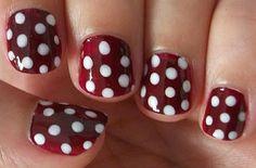 Diseños de uñas faciles y bonitas Gold Rings, Nails, Beauty, Jewelry, Ideas Para, Fashion, Nailed It, Nail Art, Polka Dots